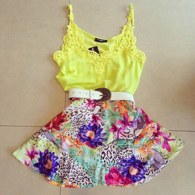 Find More Dresses Information about women's brand dress flower printing yellow Sexy lace stitching 2015 new women backless ladies Spaghetti Strap No belt Slim x086,High Quality dress up doll clothes,China dresses plus Suppliers, Cheap dress organic from Best&Price on Aliexpress.com