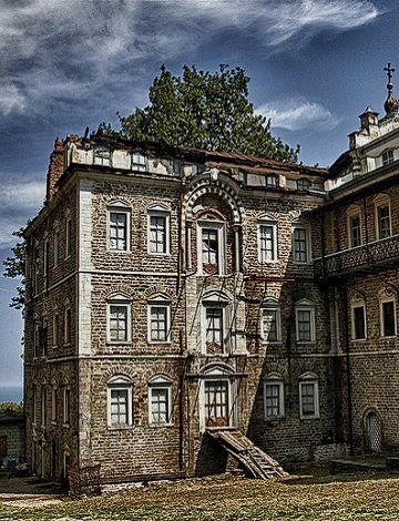 Saint Andreas - Mount Athos in Macedonia, Greece | Flickr - Photo by Polis Poliviou