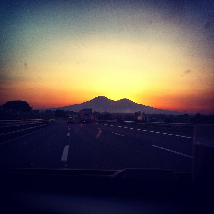 Tramonto sul Vesuvio