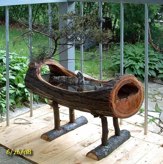 Log birdbath...wow!very cool.could use the concept with a planter or bench with