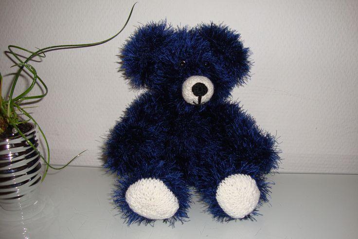 So cute knitted teddy bear #bear #bamse #DIY #strikket bamse