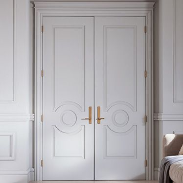 Gorgeous architectural details have the power to transform any room from blasé to beautiful. From moldings to baseboards to doors, a room starts to shine!