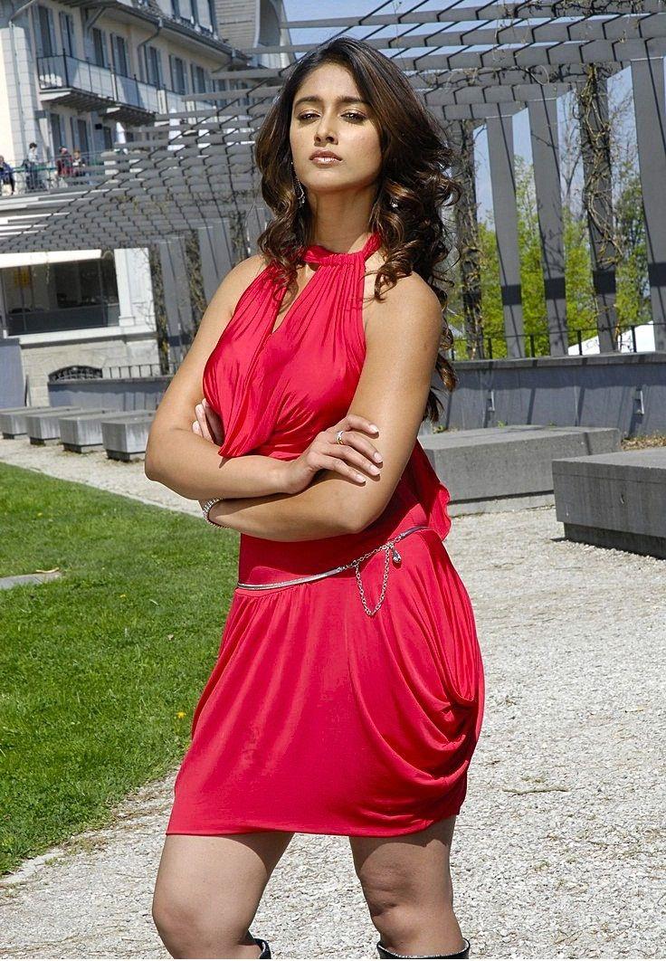 Illeana dress was torn ---- saw it!!