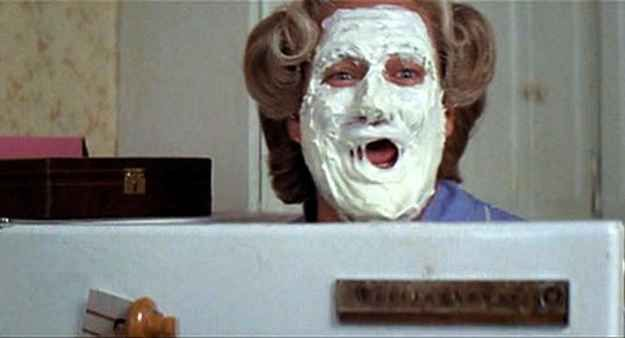 Mrs. Doubtfire | 16 DIY Costumes Based On Your Favorite '90s Movie Character