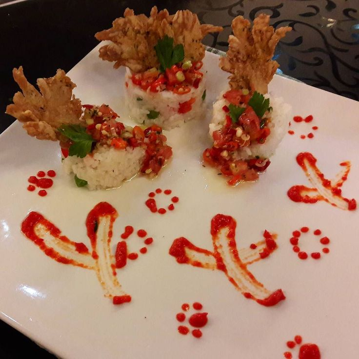Vegetable Soft Rice with Crispy Oyster Mushroom Dabu-Dabu. Today's Dish at Vegetarian Cooking Competition by Dharmayana Buddhist Festival. TANPA SAUS / BUMBU BOTOLAN. TANPA BAWANG. TANPA DAGING. POKOKNYA HARUS NATURAL Thanks @alexanderkhu udah infoin ke gue tentang lomba ini Thanks Kak @juwita.endah atas kerja sama dan loyalitasnya  #food #foodies #foodporn #foodphotography #foodstagram #foodgasm #foodblogger #eat #vegetarian #vegetable #natural #gogreen #buddhist #foodfestival #cooking…