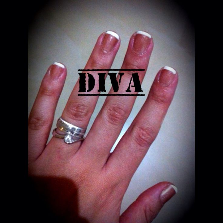 Uñas French sobre uña natural #French #EsmalteGel #Nails #Uñas #Diva