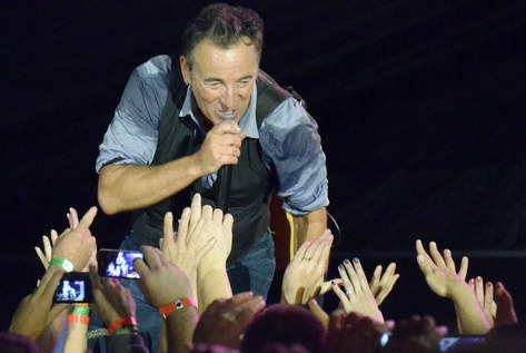 The Boss rocks Wrigley - Bruce Springsteen PhotoGallery - Chicago Sun-Times