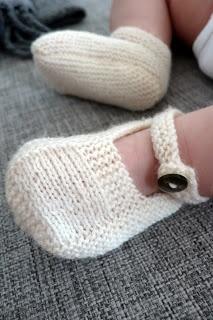 Handmade by GEERTSEN: Strikkede babysko