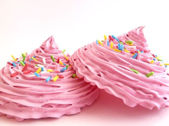 KATY PERRY BRA set of 2 oversize fake cupcake frosting by shimrita
