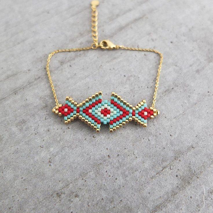 Bracelet motif Osiris tissé en délicas Miuki