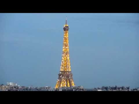 eiffel tower light show bastille day