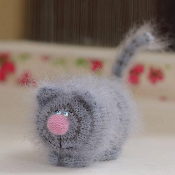 Laid-Back Cat Amigurumi | Crochet cat, Cute crochet, Crochet amigurumi | 571x570