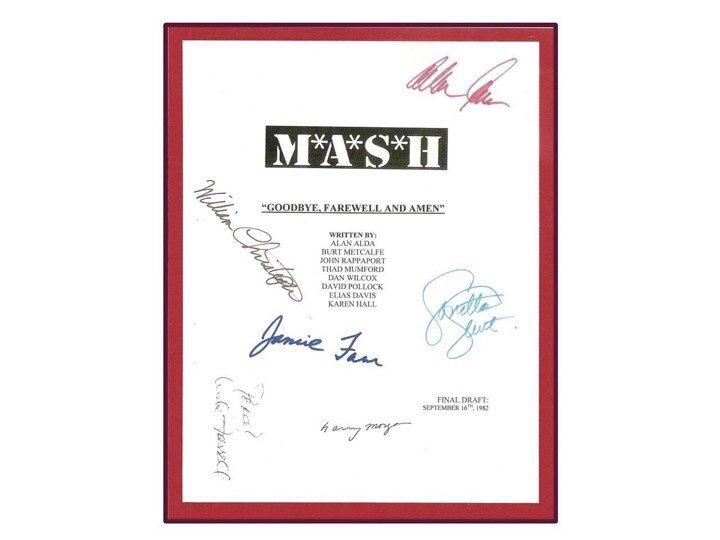 "MASH ""Goodbye, Farewell and Amen"" letzte Folge Film Skript signiert Autogramm: Alan Alda, Loretta Swit, Jamie Farr, Bill Christopher von hollywoodfinds auf Etsy https://www.etsy.com/de/listing/206704290/mash-goodbye-farewell-and-amen-letzte"