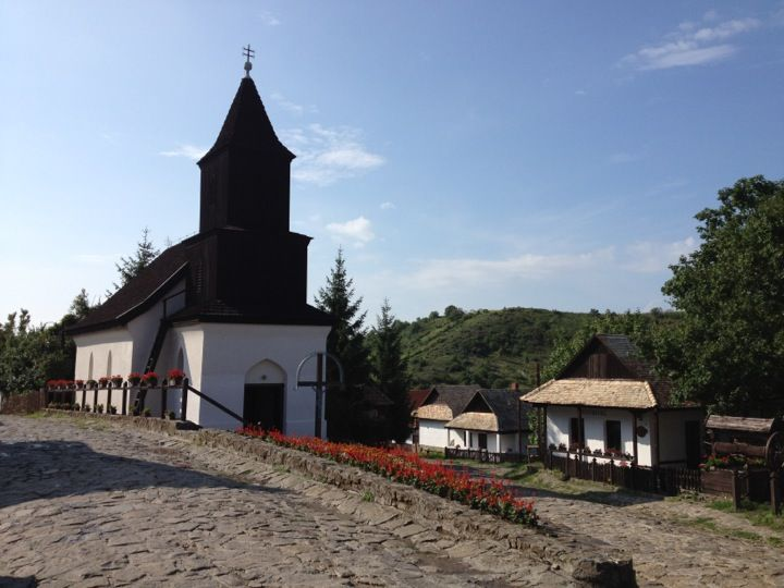 Old Village of Hollókő and its Surroundings Hollokö is an outstanding example of a deliberately preserved traditional settlement. This village, which developed mainly during the 17th and 18th centuries, is a living example of rural life before the agricultural revolution of the 20th century.