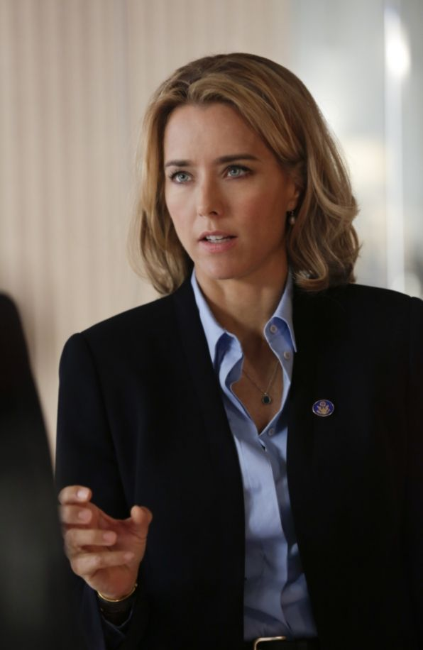 """27. Téa Leoni has appeared in many feature films, including """"Flirting with Disaster,"""" """"Deep Impact,"""" """"Spanglish,"""" """"Jurassic   Park III"""" and """"The Family Man,"""" among others."""