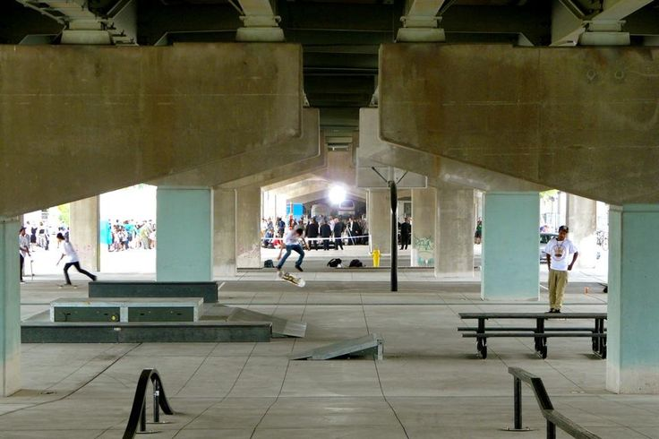 Various skatepark activies made available to park users, image by Craig White 2012.08.02