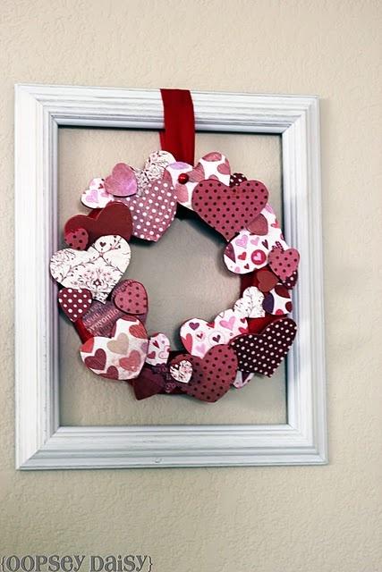 3 Dimensional Valentines Day WreathValentine'S Day, Valentine Day Ideas, Oopsey Daisies, Heart Wreaths, Empty Frames, Valentine Parties, Valentine Ideas, Valentine Wreaths, 3 Dimensional Heart