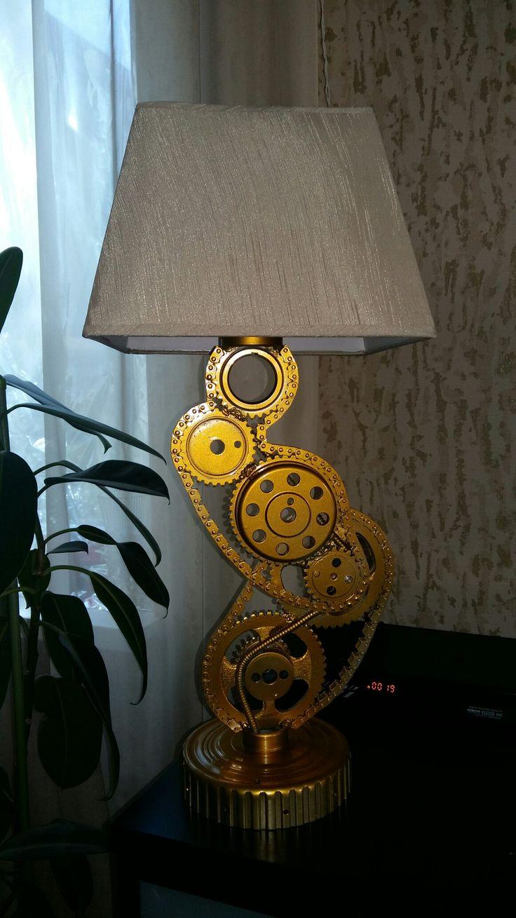 Светильник из метала