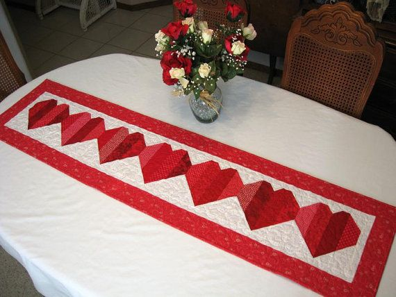 Good Be My Valentine Table Runner Pattern By PureJoyPatterns On Etsy, $9.00
