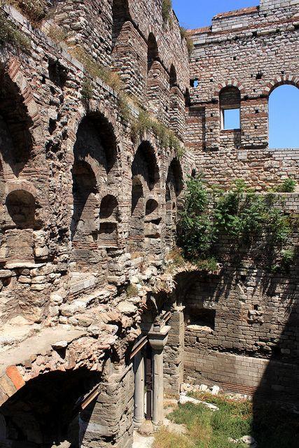 medievallove:  Porphyrogenitus Palace ruins, Istanbul. 12th c. byzug55on Flickr.