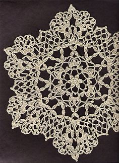 Lacy Six Point Doily: free pattern                                                                                                                                                                                 More
