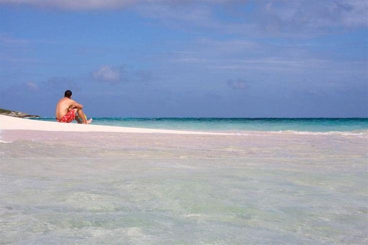 """Caracterizada pela culinária internacional e por peixes e mariscos espetaculares, as Ilhas Cayman são famosas na região como a """"capital gastronômica do Caribe""""."""