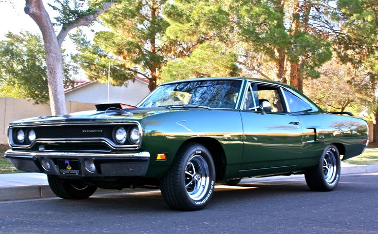 1970 Plymouth Road Runner http://www.musclecardefinition.com/