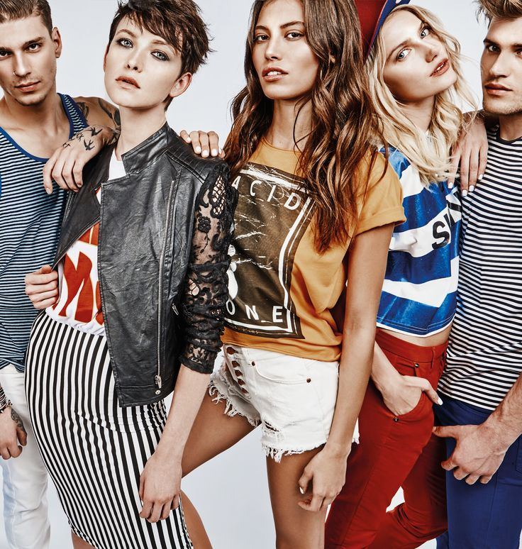 Shop the lookbook online >> http://bit.ly/1PevUTG