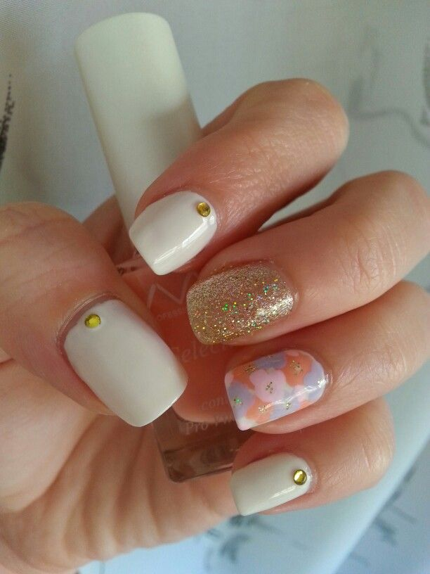 White, floral & gold glitter!!