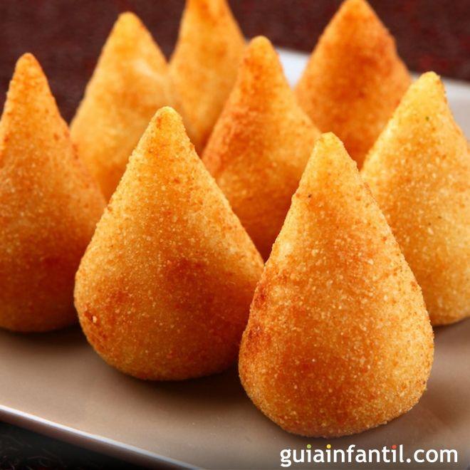 Muslitos de pollo rellenos o coxinha de frango: receta brasileña