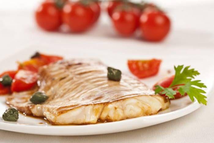 Merluzzo in padella alla palermitana #Star #ricette #recipes #merluzzo #pomodorini #capperi