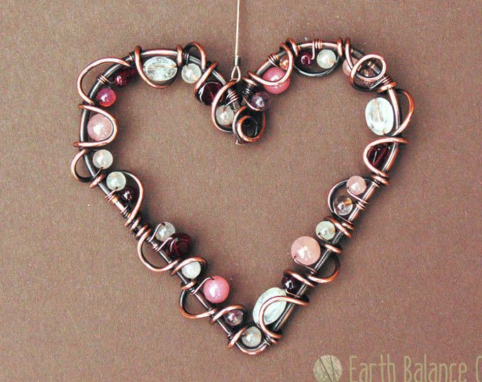 Amor de rosa salvaje corazón colgante cobre Home Decor, Suncatcher rosa, decoración, regalos del jardín, arte del Metal al aire libre, piedra lunar, piedra granate, lindo