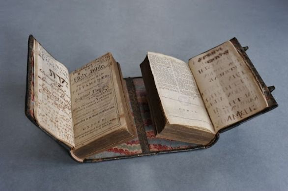 Los libros más curiosos, creativos y originales de la historia - Son Recomendados