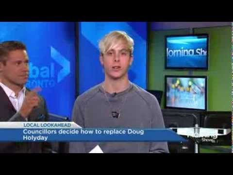 R5's Riker Lynch takes a shot as a news anchor on TMS haha so FUNNY  that is me when I do public speaking