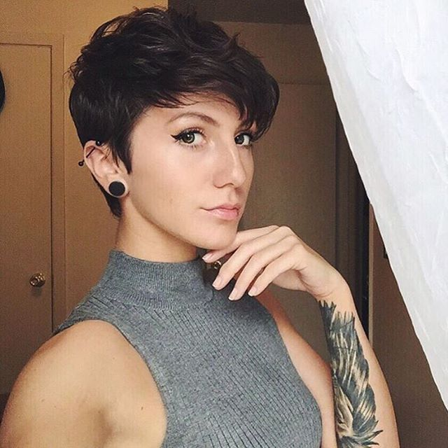 Loving this look from @amandapleone Thank you! #pixiecut #shorthairdontcare #shorthair #pixie