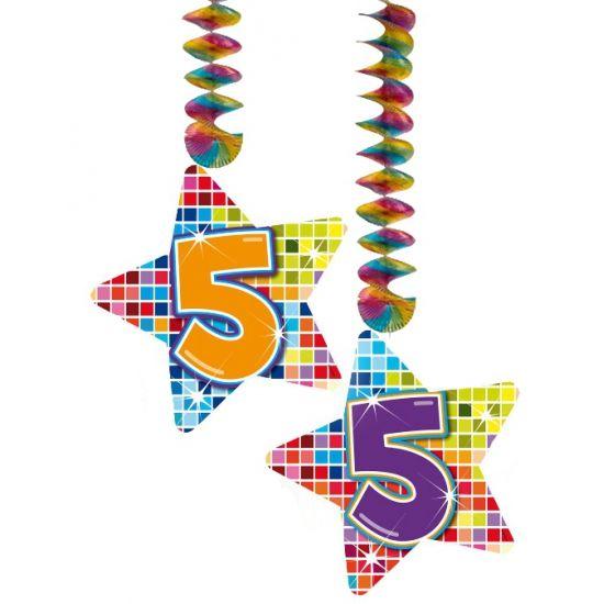 Hangdecoratie sterren 5 jaar. Hangdecoratie in de vorm van sterretjes met het getal 5. De decoratie is verpakt per 2 stuks en is ongeveer 13,3 x 16,5 cm groot.
