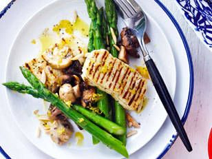 Grilled Haloumi with Lemon Myrtle Mushrooms and Asparagus - A fast, fresh and filling meal in under 30 minutes!