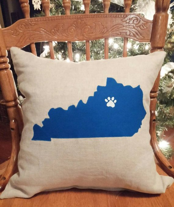 Bring a little Wildcat lovin into your home with this handmade 16 x 16 pillow. Its the perfect accent for someone wanting to show UK pride. This