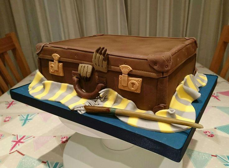 Best 25  Luggage cake ideas on Pinterest | Travel cake, Suitcase ...