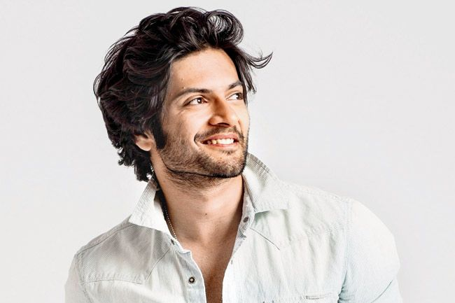 #AliFazal invites #VidyaBalan for 'A Guy Thing' !!!  Ali Fazal stepped into acting with a play titled 'A Guy Thing'. The production is having its silver jubilee show for which Ali returns to the stage.  See here: http://goo.gl/UwAqV3