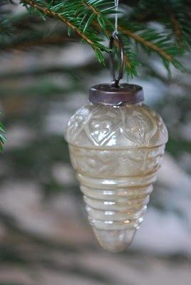 Antique mold blown Christmas tree ornament, c. 1920s