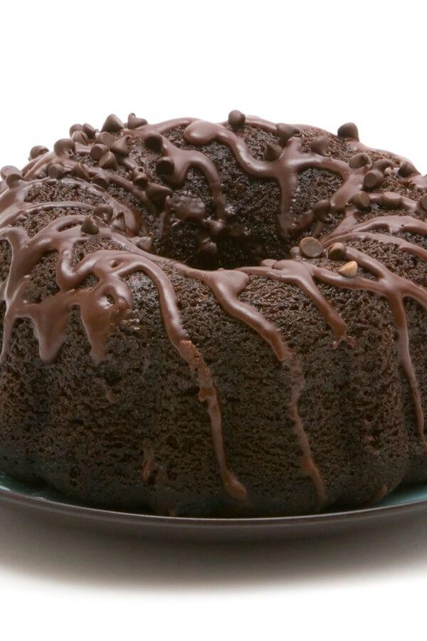 Kahlua Fudge Cake Made With Fudge Cake Mix Chocolate Pudding Mix Chocolate Chips Sour Cream Eggs Kahlua Veget Fudge Cake Recipe Rhubarb Cake Fudge Cake