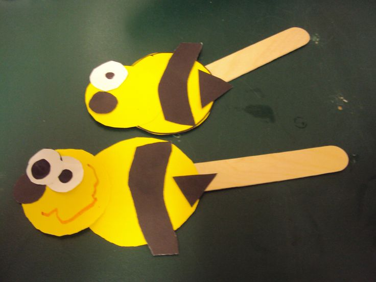 Bumble bee puppets preschool craft and activity ideas for Plastic bees for crafts