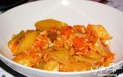 Лук-порей, тушеный с рисом (Zeytinyaglı pırasa)   Кулинарные рецепты от «Едим дома!»