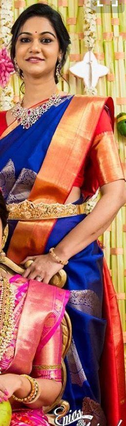 Sneha Reddy in a blue kanchipuram saree