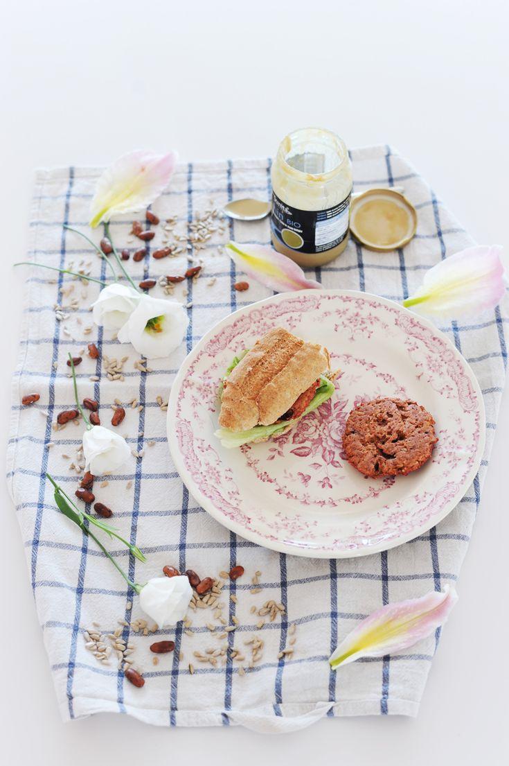 Hamburger di Fagioli Rossi Barbabietola e semi di Girasole