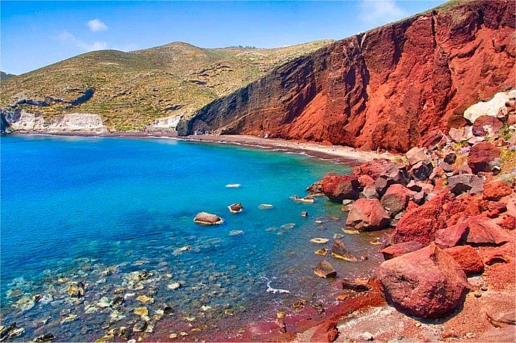 Red Beach, la spiaggia più famosa di Santorini.  http://www.isole-greche.com/2012/05/santorini.html