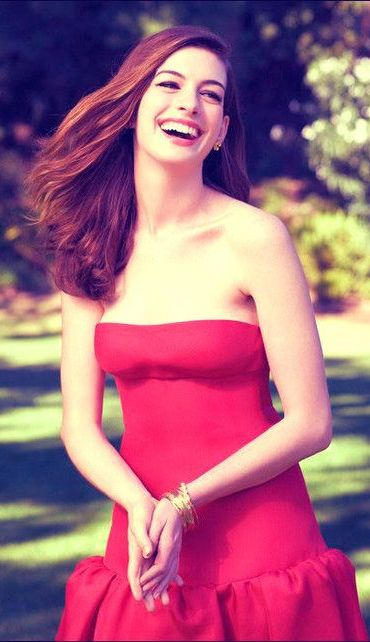 I love Anne Hathaway so much, she is one of the best actresses out there!