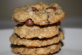 Chippers (almost a chocolate chip cookie, but with coconut, a hint of cinnamon and oats.)