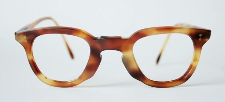 1940s French frames in faux tortoiseshell acetate from General Eyewear's 790-995 series